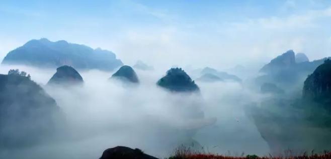 秋季云雾缭绕人间福地--龙虎山
